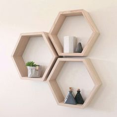 Hex / Hexagon Tas Oak shelves available now on our etsy store ➡ 12 colours raw to choose Check out our fantastic Silk Scarves here @ T