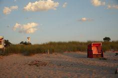 Ahrenshoop auf dem Darß Beach Chairs, Country Roads, Europe, Celestial, Sunset, Outdoor, Sunsets, Outdoors, Outdoor Living