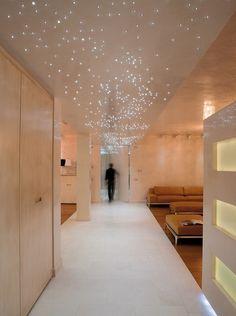 Leonardo by Relco Led Cielo Stellato Luce Bianca  culorile si delimitarea holului cu pavimentul si lumina