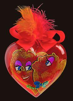 """Kiss-kiss Heaer"" Personalised Heart-shaped glass christmas tree ornament with Swarovski crystals"