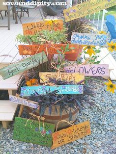 DIY Garden Signs and Garden Sign Sayings - Sow & Dipity. Really inspired by these.I hope to create something like this with the children in the school garden! Diy Garden, Garden Crafts, Garden Projects, Diy Projects, Sewing Projects, Ideas Prácticas, Garden Markers, Plant Markers, Garden Signs