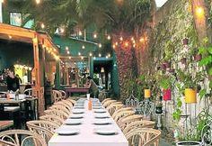 Nuñez se llenó de bares y restoranes de atmósfera relajada. Comida gourmet entre casonas antiguas y bulevares arbolados. Bar, Polo, Table Decorations, Home Decor, Gourmet, Report Cards, Argentina, Food, Flowers