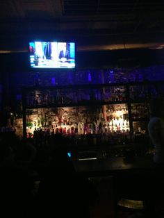 Port-O Lounge