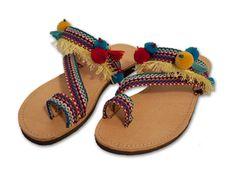 Griego sandalias, sandalias de cuero, sandalias Boho, Hippie sandalias, sandalias de Pom Pom, bohemio sandalias, sandalias de gladiador, púrpura SANTORINI