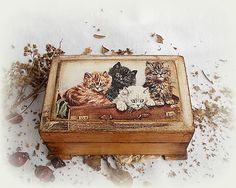 Krabi, Decorative Boxes, Vintage, Home Decor, Decoration Home, Room Decor, Vintage Comics, Home Interior Design, Decorative Storage Boxes