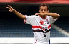 Chegou no final de 1995. Ele brilhou muito no Tricolor Paulista, fazendo muitos gols. 323 partidas pelo São Paulo, França fez 182 gols, o quinto maior artilheiro da história do clube e a 11ª melhor média de gols do clube(0,56 gol por jogo). Venceu 2 campeonatos paulistas, em 1998 e 2000 - com França artilheiro em ambas competições, com 12 e 18 gols, e um Torneio Rio-São Paulo, onde França foi novamente artilheiro também, com 6 gols.