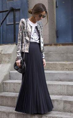 .Inspiração de look com saia longa.
