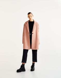 Базовое пальто из сукна - Пальто и куртки - Одежда - Для Женщин - PULL&BEAR Российская Федерация