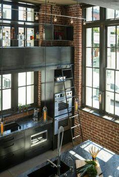 Kitchen rolling ladder