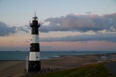 Vuurtoren,lighthouse gefotografeerd bij zonsondergang te Breskens
