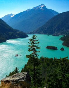Lake Diablo (North Cacades National Park, Washington) by Mil M.