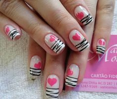 zebra nail art is fashion-forward and hot this season. A matte black polish is using for the base with shiny black polish is used for the zebra patterns. The matte and gloss effect of the whole design creates an effortless, trendy manicure look. Get Nails, Love Nails, Pretty Nails, Zebra Nail Art, Valentine Nail Art, Valentine Wreath, Valentine Box, Valentine Ideas, Valentine Crafts