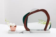 Miroirs | Lits-Mobilier de chambre à coucher | Ikebana I. Check it out on Architonic