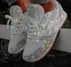 Looking for a pair of shoes for your wedding or event? Do you love glitter and shiny things? Then these hand glittered silver sneakers are for you. Leave a little sparkle whenever you go with these gorgeous sneakers. Sparkly Shoes, Bling Shoes, Glitter Shoes, Glitter Clothes, Bling Bling, Sparkles Glitter, Bedazzled Shoes, Bling Converse, Girls Shoes