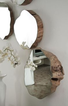 17 Adorable DIY Home Decor with Mirrors https://www.futuristarchitecture.com/28649-diy-home-decor-mirrors.html