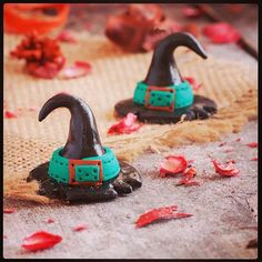 Halloween ZAR--- :fire::fire::fire::fire::jack_o_lantern::jack_o_lantern::jack_ Fire Fire, Halloween Earrings, Steampunk Costume, Costume Ideas, Lantern, Polymer Clay, Arts And Crafts, Unique, Instagram Posts