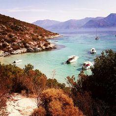Petite perle de baignade sur le sentier des douaniers... ❤ #Corse #corsica #plage #mer #vacances #beautiful #picoftheday #soleil #travelphotography