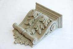 Декоративный кронштейн с акантовым листом из полиуретана KR-047
