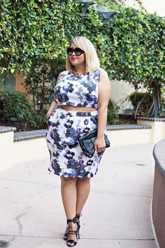 Remember When Your Favorite Bloggers Dressed Like This? #refinery29  http://www.refinery29.com/fashion-bloggers-first-outfit-posts#slide26  Gabi Gregg now.