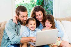 Continuamos con nuestro objetivo de mejorar la educación, formación y ayudar a nuestros profesores y alumnos mediante el uso de la tecnología. En esta ocasión queremos hablaros de los blog caseros. Pueden ser usados como diarios familiares, en los que toda la familia puede subir imágenes y vídeos, permitiendo que los más pequeños participen.