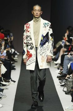 Male Fashion Trends: Customellow Fall-Winter 2017/18 - Seoul Fashion Week