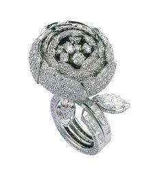 Van Cleef & Arpels - Pivoine ring