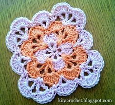 Kira crochet: Small colorful coaster