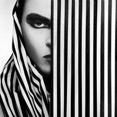Över 1 000 bilder om Monochrome Fashion på PinterestModetrender ...