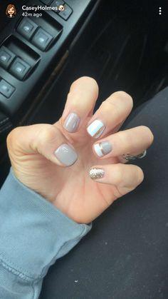 nail tips colors Manicures Fancy Nails, Diy Nails, Pretty Nails, Rose Nails, Manicure E Pedicure, Dipped Nails, Hair Skin Nails, Dream Nails, Fabulous Nails