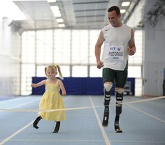 Oscar Pistorious and Ellie May Challis.... Probably one of the most inspiring things my eyes have ever seen<3