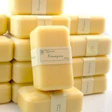 Make Lemongrass soap! Super easy with this 1 scent, 1 color (or not), all natural, AND inexpensive essential oil.