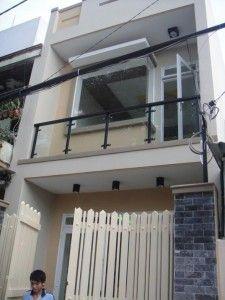 Cho thuê nhà Quận 1, MT đường Nguyễn Siêu, DT 200m2, 1 trệt, 1 lửng, 1 lầu, giá 4.500USD http://chothuenhasaigon.net/nha-nguyen-can-cho-thue-duong-nguyen-sieu-quan-1m-dt-200m2-1-tret-1-lung-1-lau-gia-4-500usd/