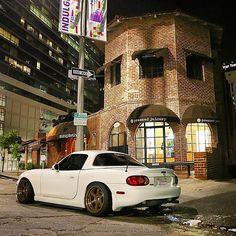 "CLEAN mazda #miata #mx5 #eunos #roadster"""