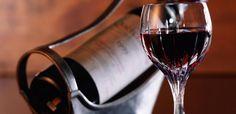 Tomar vinho pode ser tão bom quanto uma sessão de academia, confira. http://vinhoemprosa.com.br/2014/10/tomar-vinho-pode-ser-tao-bom-quanto-uma-sessao-de-academia/