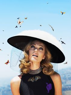 Candice Swanepoel photographed by Alex Prager and styled by Elissa Santisi for Vogue, October 2012 Candice Swanepoel, Alex Prager, Editorial Photography, Fashion Photography, White Photography, Mademoiselle Coco Chanel, Fashion Models, Fashion Beauty, Fashion Pics