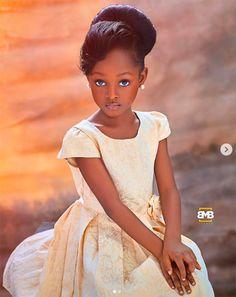 Nigerian Girl Jare Ijalana Dubbed As The 'Most Beautiful Girl In The World' Beautiful Black Babies, The Most Beautiful Girl, Beautiful Children, Beautiful People, Black Little Girls, Black Girl Art, Black Girl Magic, Nigerian Girls, Black Art Pictures