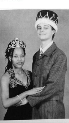 Classic interracial couple crowned king and queen at their senior prom #love #wmbw #bwwm #swirl #prom #promdate #highschoolsweethearts #lovingday #relationshipgoals Spencer Reid, Bwwm, Matthew Gray Gubler, Matthew Grey, Criminal Minds, Girls In Love, Beautiful Mind, Gorgeous Guys, Black Girls