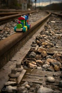 rainbow ✿ brown ✿ train playing on the railroad tracks ! Color Photography, Creative Photography, Landscape Photography, Trains, Miniature Photography, Fotografia Macro, Train Art, Train Pictures, Train Tracks