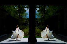 Ein wunderschönes Hochzeitskleid sollte auch vom Fotografen grandios inszeniert werden. Hochzeitskleid von Stephanie Allin, London #hochzeitskleid #brautkleid #weddingdress #stephanieallin #braut