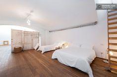 Pignone Flat - Design loft + bikes https://www.airbnb.it/rooms/706083?preview=true