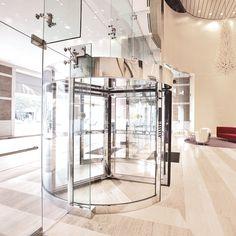 Crane 1000-A Series Automatic Revolving Door – The Ideal Entrance
