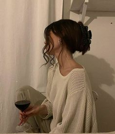 Hair Day, Your Hair, Girl Hair, Photographie Portrait Inspiration, Aesthetic Hair, White Aesthetic, Summer Aesthetic, Corte Y Color, Mode Inspiration