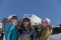 Skifahren mit Kindern - Sporthotel Frühauf in Kärnten, Österreich Skilift, Hats, Winter Vacations, Skiing, Hat