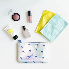 Ipsy Review – July 2016 - Check out my review of the July 2016 Ipsy Glam Bag! (And look at reviews from the past 2 years of Ipsy subscription boxes too!)