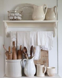 Great Shabby Chic Kitchen Ideas To Get You Started Country Farmhouse Decor, Farmhouse Style Kitchen, Modern Farmhouse Kitchens, Country Kitchen, Vintage Farmhouse, Farmhouse Ideas, Fresh Farmhouse, Kitchen Rustic, Farmhouse Interior