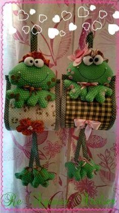 Toilet roll holder hanging shelf Textile Doll Toilet tissue holder Bathroom organiser Toilet paper H Sewing Crafts, Sewing Projects, Projects To Try, Diy And Crafts, Arts And Crafts, Fabric Bags, Stuffed Animal Patterns, Doll Face, Holiday Ornaments