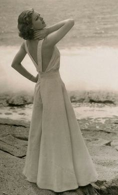 ~1930s wide-legged jumpsuit/beach pyjamas in white. Loretta Young, 1930s Photo by Irving Lippman, Laguna Beach, California~