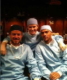 Eric Dane, Sarah Drew, and Jesse Williams Sarah Drew, Greys Anatomy April, Greys Anatomy Cast, Jesse Williams, Grey's Anatomy, Jackson Avery, Friendship Day Quotes, 50 Shades Of Grey, Best Tv Shows