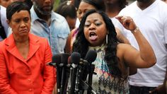 #Media #Oligarchs #Banks vs #union #occupy #BLM #SDF #Humanity   Philando Castile's family reaches $3 million settlement over son's death  http://www.hindustantimes.com/world-news/philando-castile-s-family-reaches-3-million-settlement-over-son-s-death/story-LWt7oLGJE8ieu2yVra3ltI.html  Castile, a 32-year-old elementary school cafeteria worker, was shot five times by Yanez during a traffic stop after Castile informed the officer he was armed.  The mother of Philando Castile, a black motorist…