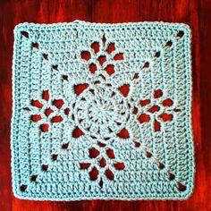 crochet24: Victorian Lace Latice Square